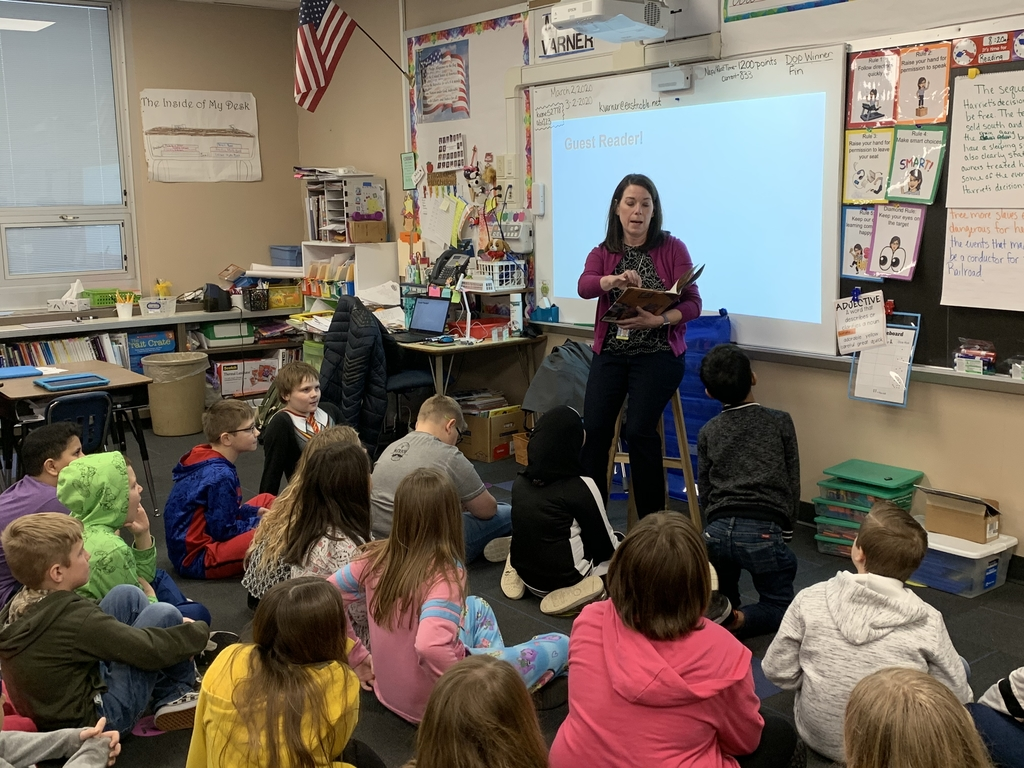 Mrs. Lamon reading to 3rd grade.